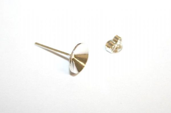 20pcs x 8mm Silver plated pointed cone stud earring 4000001